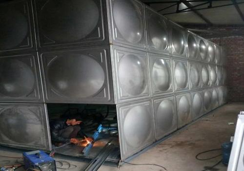 方形不锈钢水箱焊接